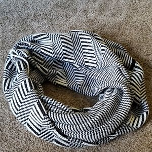 Vince Camuto Zigzag Knit Infinity Scarf